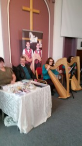 Just2 Harpist